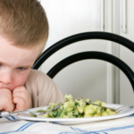 How to Manage Bad Behaviour at Mealtimes